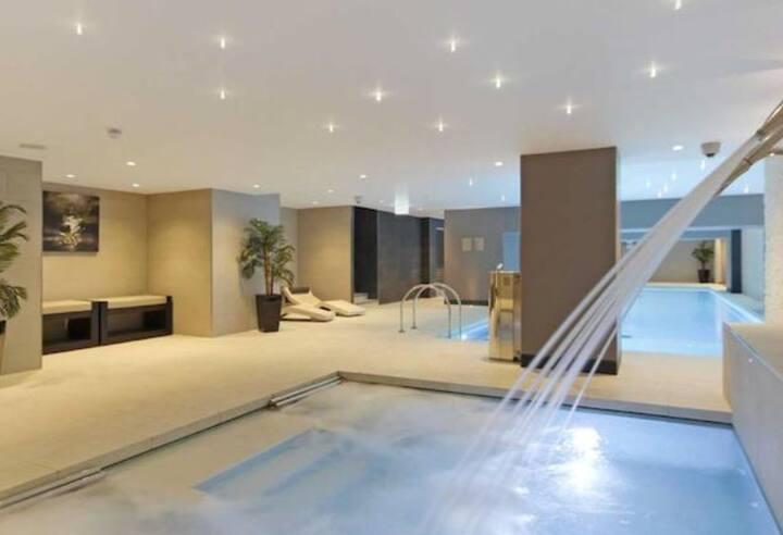 Luxury getaway in Kensington