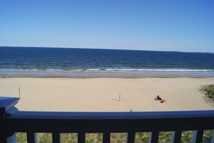 Comfy Beachfront Condo on 7 mile beach - Old Orchard Beach - Apartment