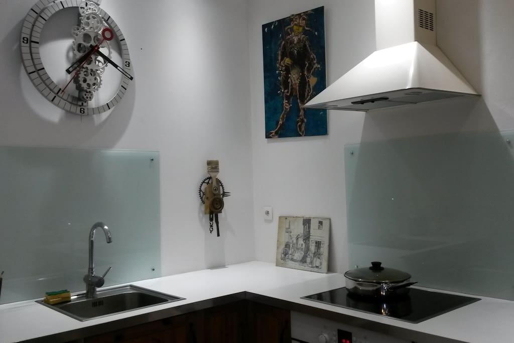 chambre de maison au centre ville appartements louer bar le duc. Black Bedroom Furniture Sets. Home Design Ideas