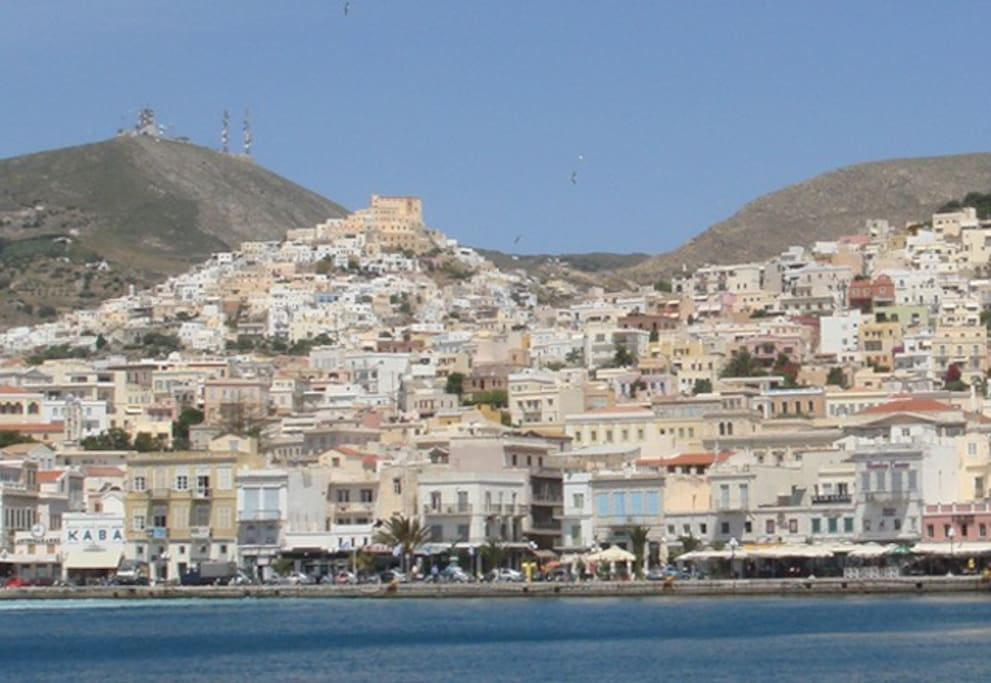 Ano Syros from the port