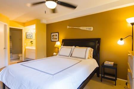Superb 1 Bed Dana Point- A/C- Pool- Walk to beach - Dana Point - Társasház