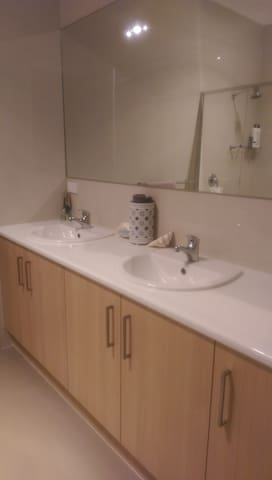 Double Vanity & Large shower to Ensuite