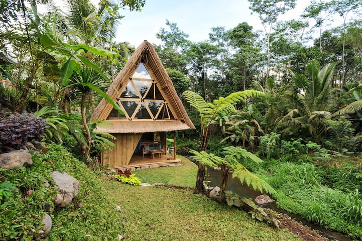 HIDEOUT BALI - Eco Bamboo Home - Selat - Hus