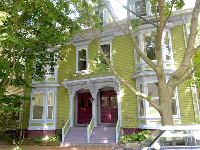 Charming West End Victorian - Portland - Pis