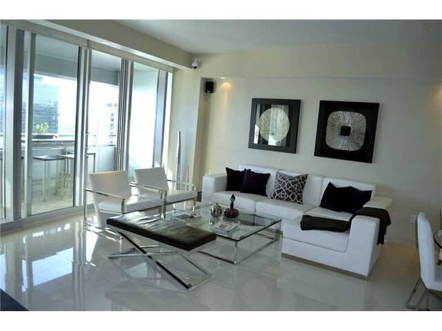 Conrad Miami-Brickell 2/2- 2908 - Miami - Apartment