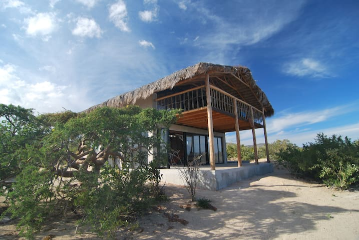 ⭐ SustainableLiving | off-grid vacation retreat