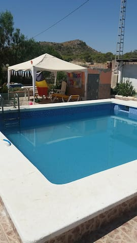 """DETACHED HOUSE """"CASA ROSE"""" 4 RENT IN ALICANTE"""