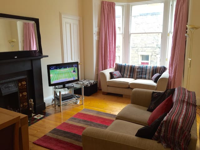 Central Georgian Bruntsfield 2Bedrm - Edinburgh - Flat