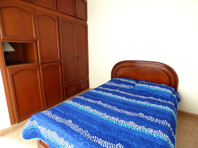 Double-bed room in Historic City Center