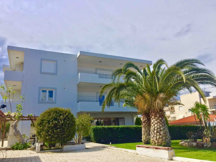Modern apartment near Athens&Coast