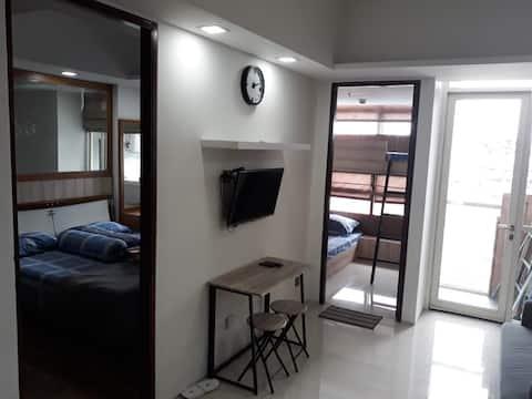 JEFF Luxury 2BR Apartament w centrum Surabaya