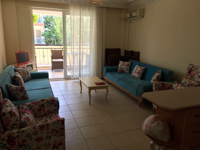 1+1 flat with a pool in the center of Didim
