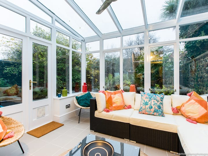 *NEW* Luxury 3BDR property w/conservatory & garden