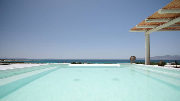 Kedros Villa with private Jacuzzi & Sea View