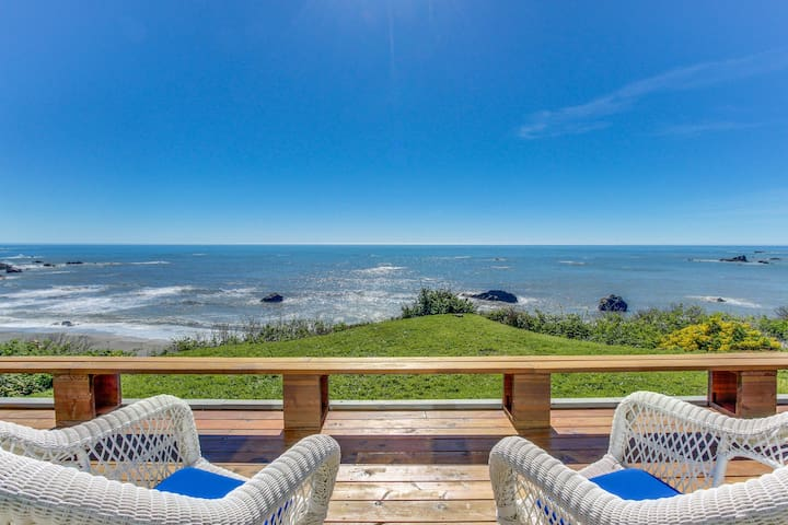 Family-friendly, oceanfront home w/ private hot tub & sweeping views!