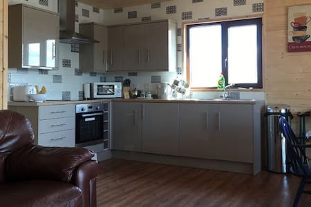 3 bedroom log cabin in Boston Lincs