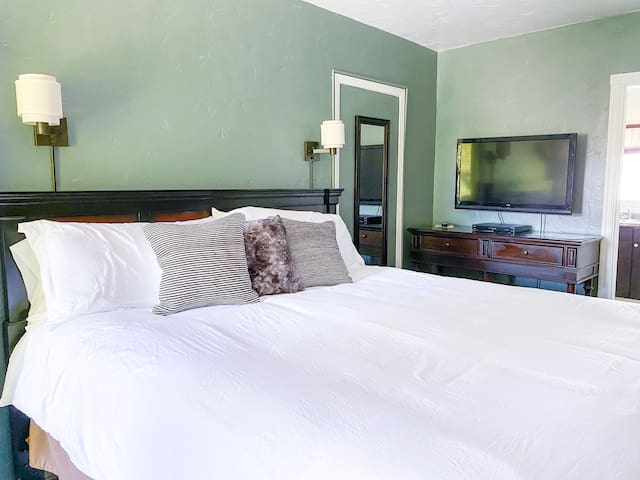 Enjoy the  comfy King sized bed and flat screen TV, which can pull out from the wall to adjust your view as needed.