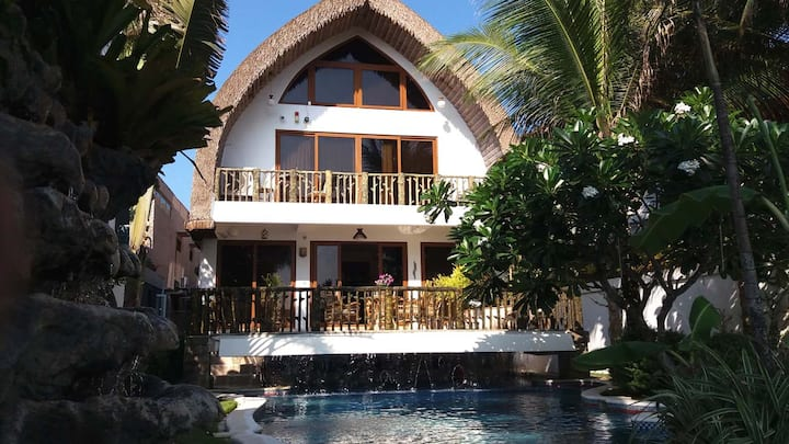Luxury Beach Villa, Bulabog Beach, Pool, Breakfast