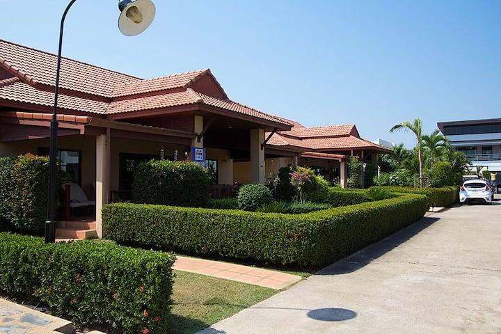Cozy Villa at Sea Breeze Residence