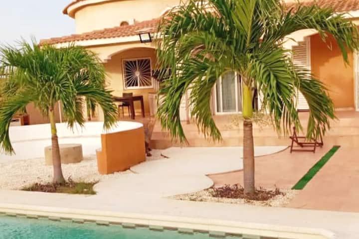 Villa de 1000 m2 dans une résidence  à ngaparou