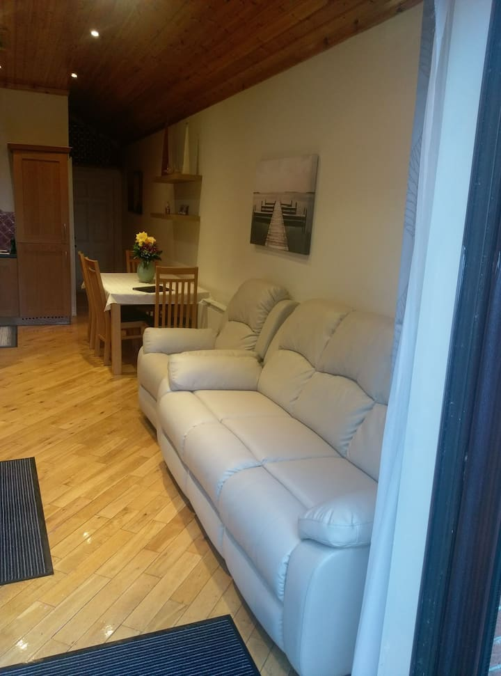 Chez Kami (Cosy one bed apartment) , city centre