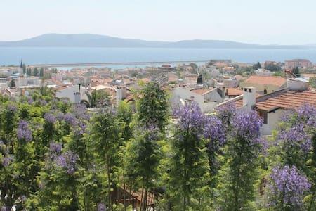 Summer & Winter House - mordoğan - Villa
