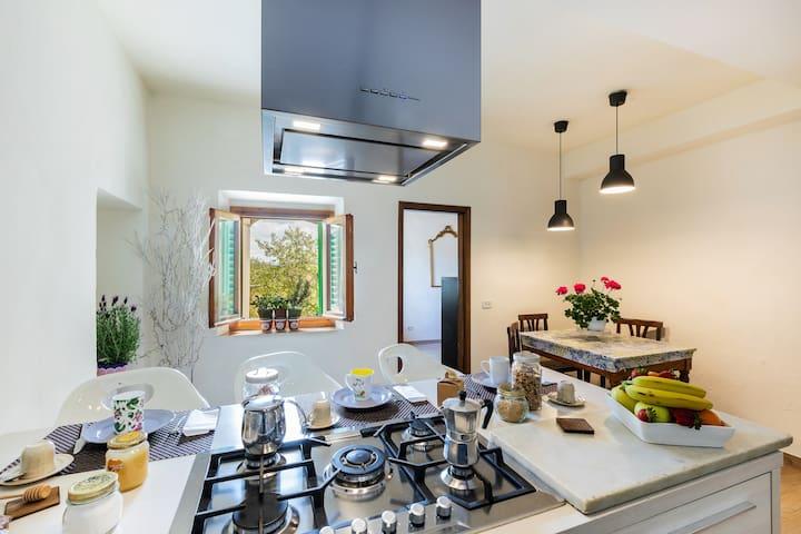 La Romola modern Tuscany country house