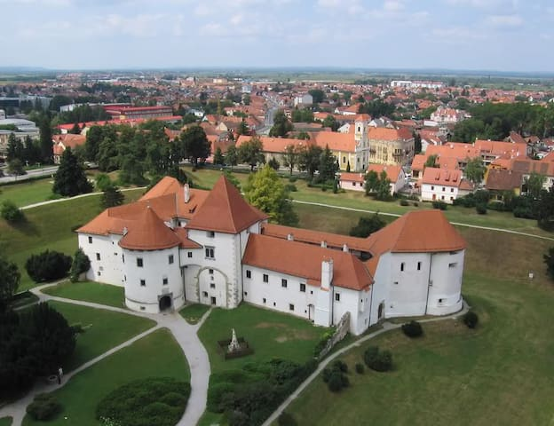 Varaždin- the old fortress from 12 century in center of town (27km)