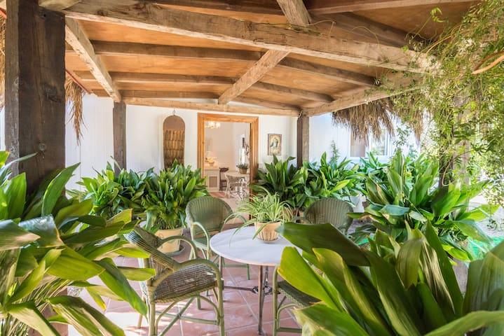 Beautiful garden house with large terrace,LaCasita - Marbella - Ev