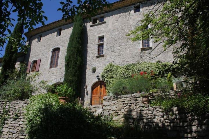 Demeure de charme et d'authenticité - Ferrières-les-Verreries - Huis