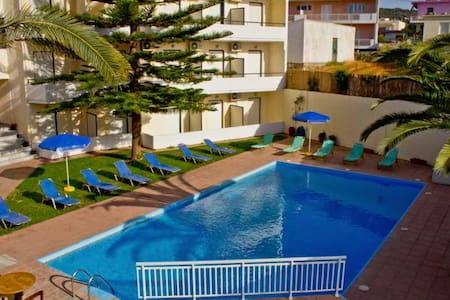 San Apartments - Ρέθυμνο - Bed & Breakfast