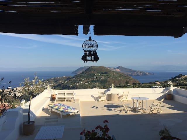 Il Perciato delizioso bivani con patio panoramico