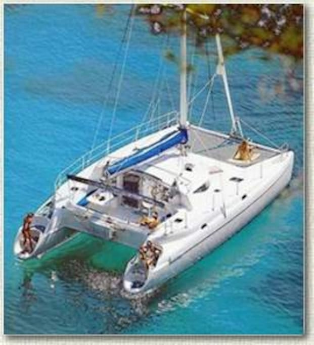 The spacious net forward is perfect for relaxing. The  swim steps aft make getting on & off a breeze.