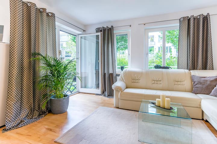 Cozy 2-bedroom apartment with terrace
