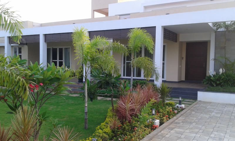 Lovely European styled villa - Chennai