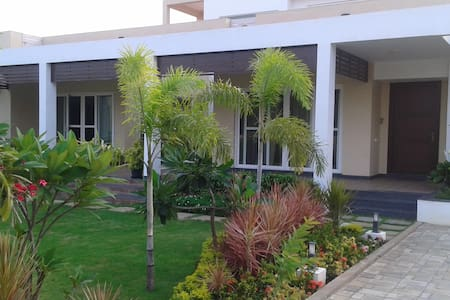 Lovely European styled villa - Chennai - Penzion (B&B)