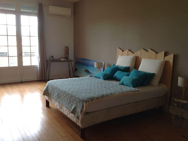 2 chambres spacieuses et accueillantes