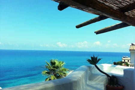 Double room sea wiew top location - Tropea - Bed & Breakfast