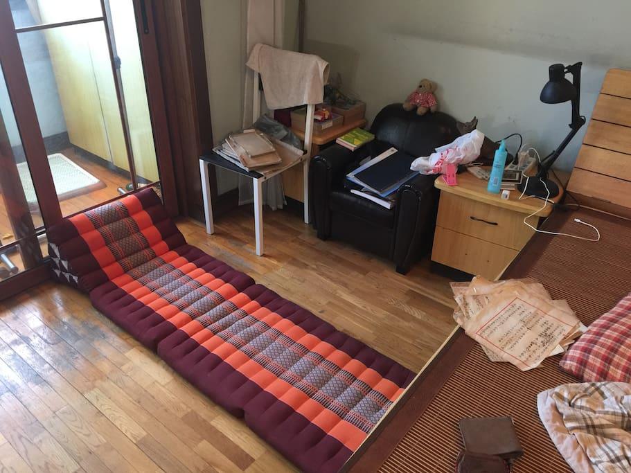 泰国躺垫可供租客使用,个人物品届时会打包