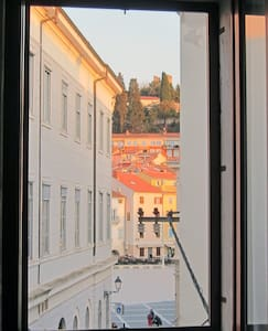 Piran Old Town Apartment Near Sea 2 - Leilighet