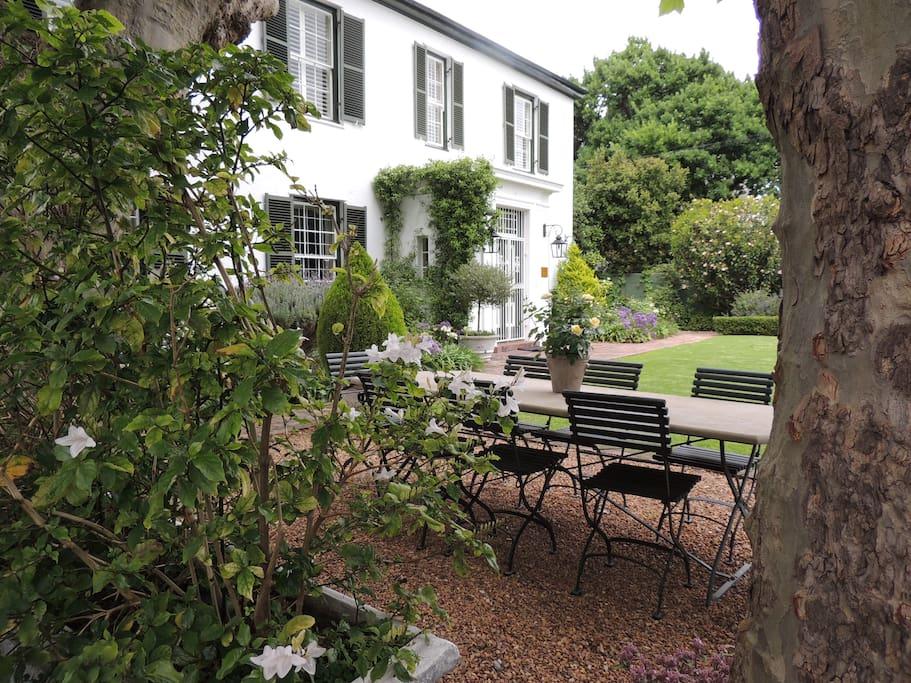 Main House & Front garden