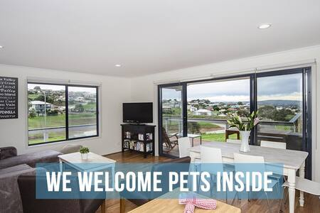 Pet Let 6: Almost New 3BR at EncBay - House