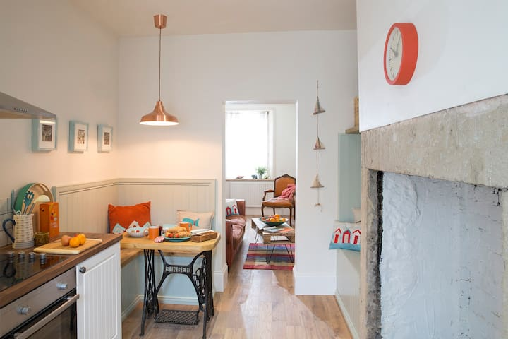 Sea Willow Cottage, Amble, Northumberland (for 2)