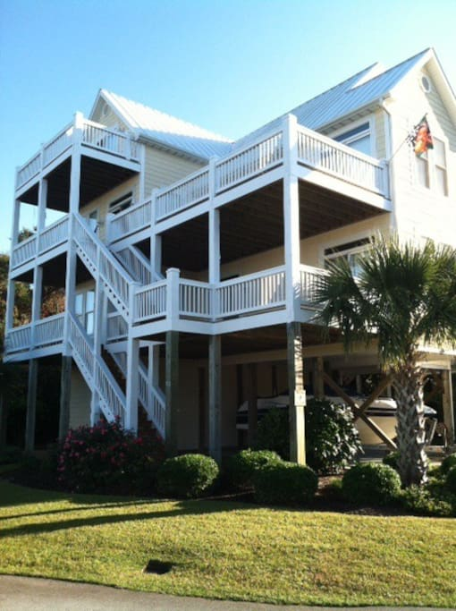 5 Bedroom Beach House With Elevator Houses For Rent In