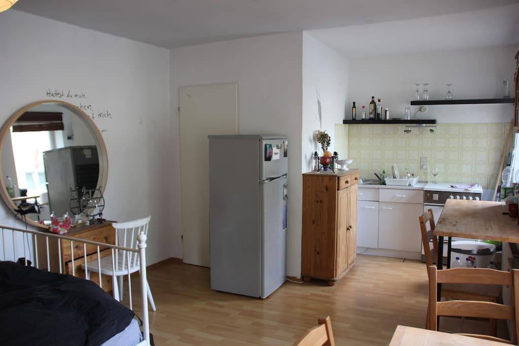 1 z wohnung im sch nen k ln nippes wohnungen zur miete. Black Bedroom Furniture Sets. Home Design Ideas