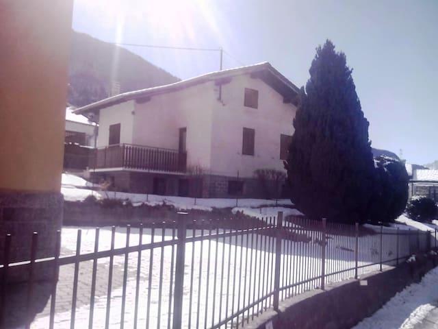 Graziosa villetta - Tilly - Casa