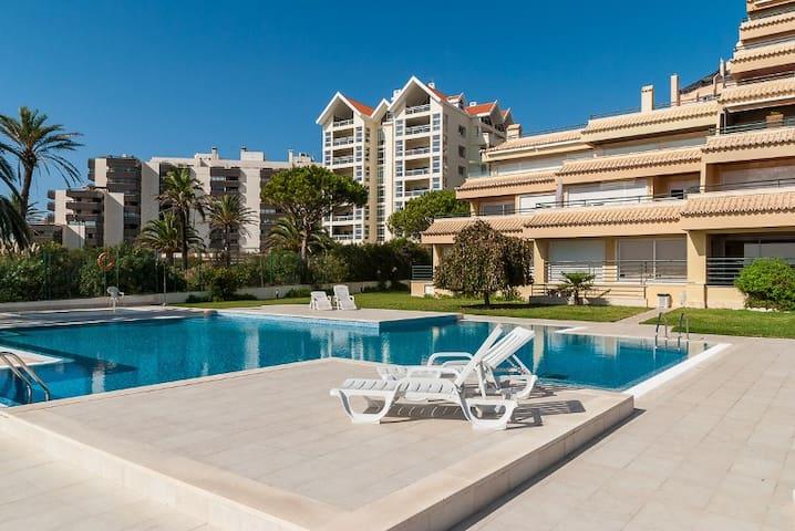 Oceanario 2 Bedroom Apartment w/ Sea View and Pool