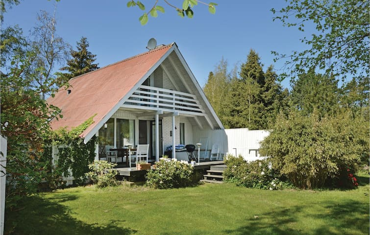 Holiday cottage with 3 bedrooms on 81m² in Nykøbing Sj