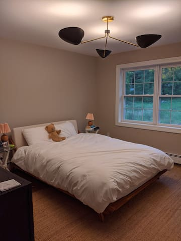 Guest room A with queen bed