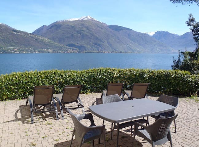 Unique lakefront villa on Lake Como - Cremia - Haus